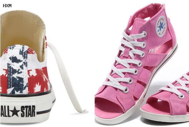 vestidos con zapatillas converse